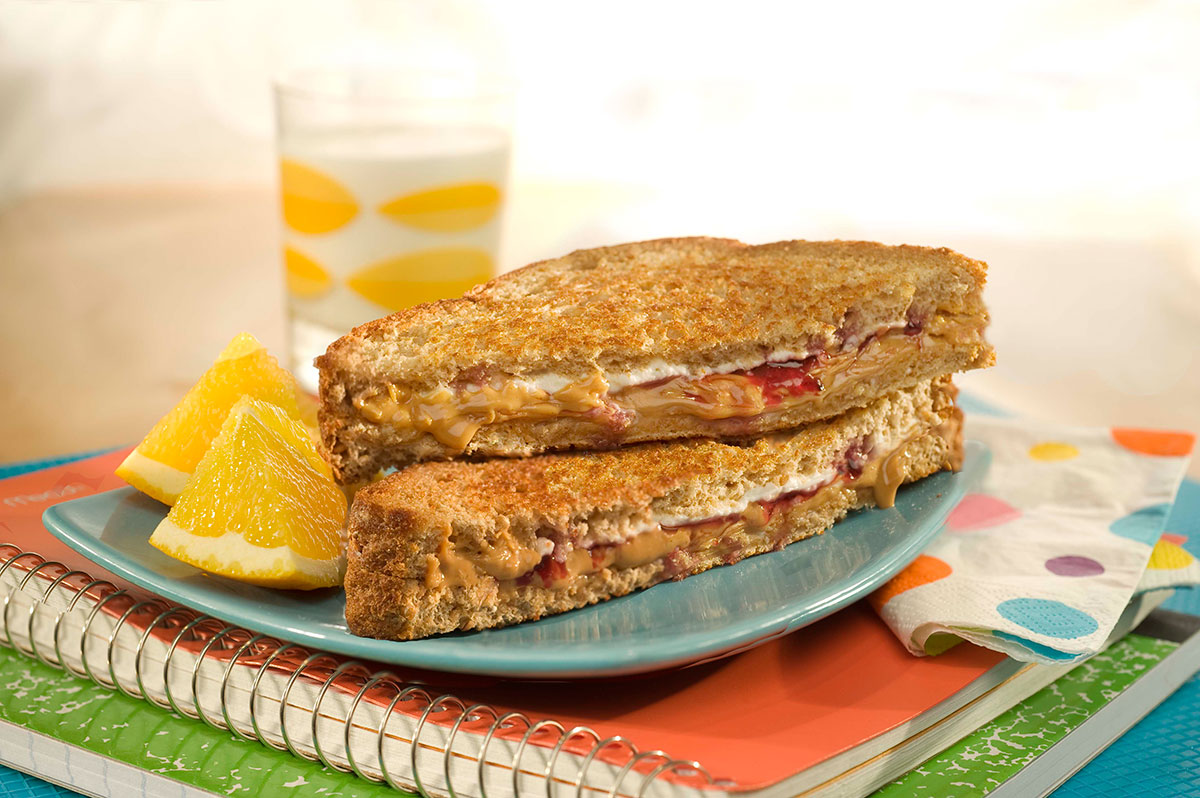 Creamy Grilled PB&J's / Panggang Creamy Peanut Butter & Jelly